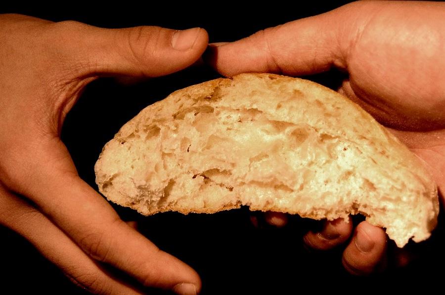 partilhar o pão